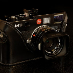 Leica M9 and M8 Camera case in black leather made by classic cases