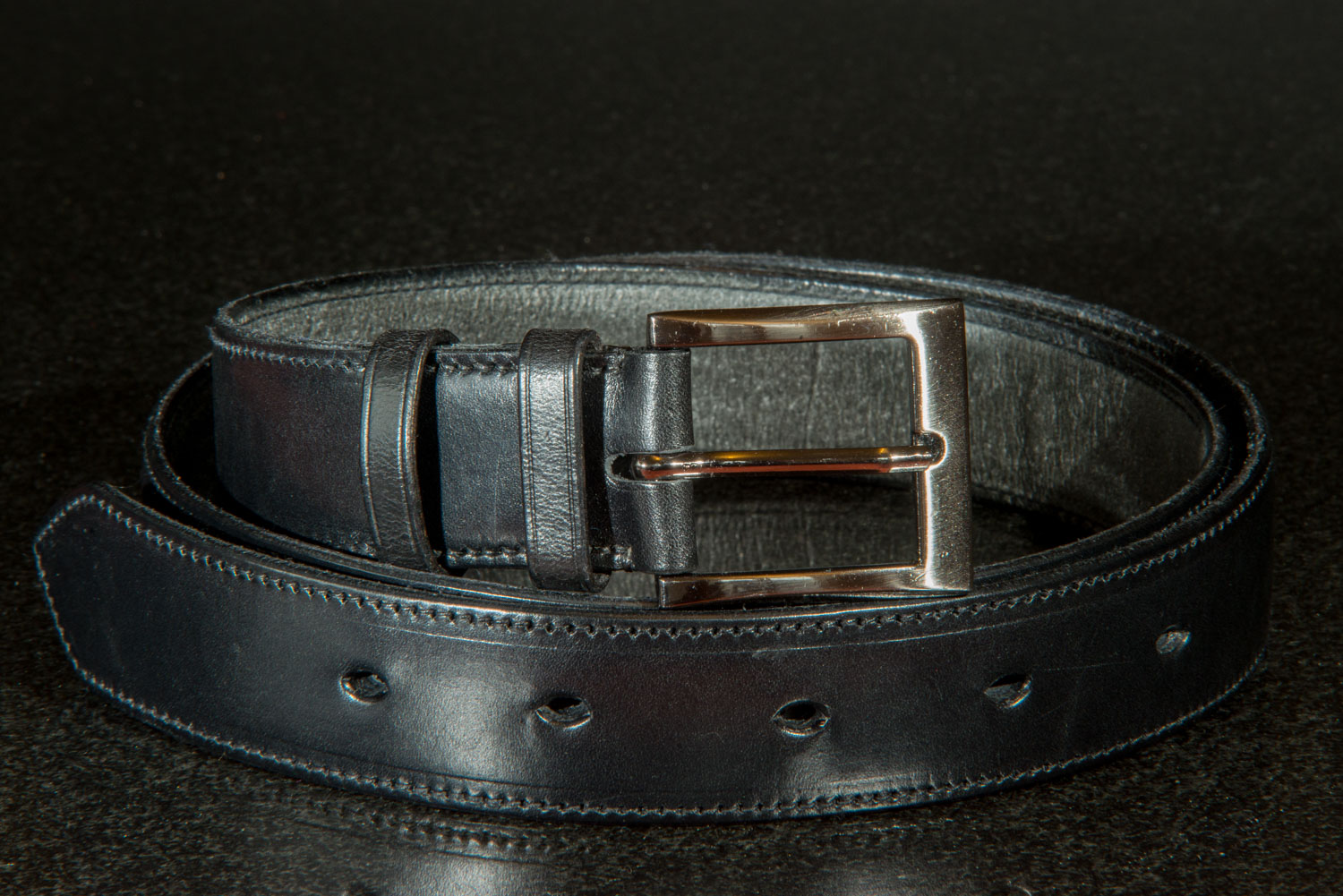 Mans Black leather Belt