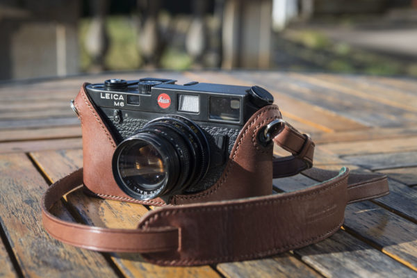Classic cases Leica M6 M7 MP case in brown leather